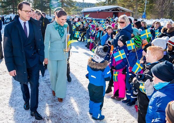 Crown Princess wore a suit by Rodebjer, and a blouse by Custommade, Ralph Lauren Addington boots, Little Liffner bag