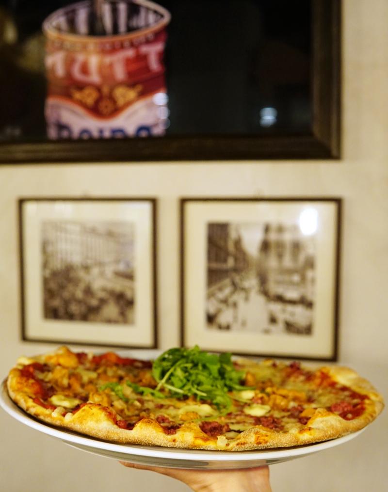 rosso, pizza, iso omena