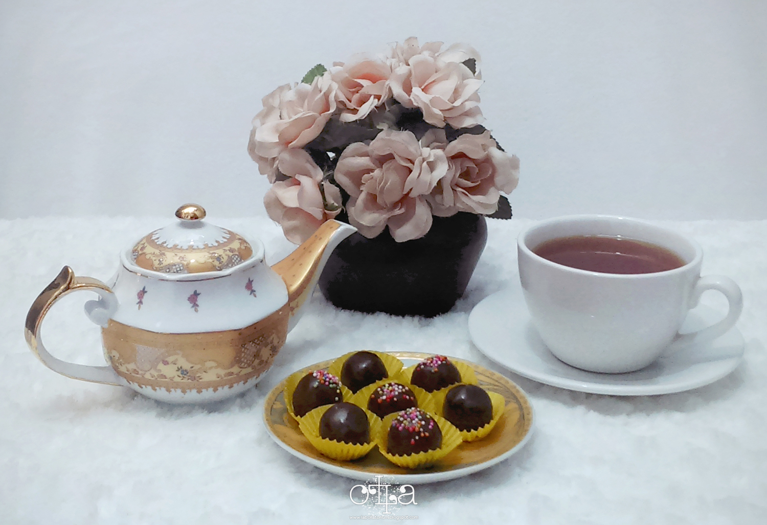 Biscuity Chocoffee Truffles Recipe