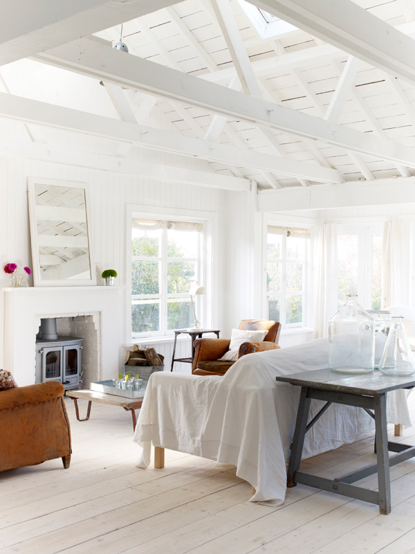 PUNTXET Una casa de campo donde se respira puro relax #deco #decoracion #hogar #home #cottage #rustic #rustico #decoration #salón #livingroom