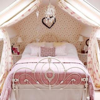 Ideias para decorar o seu quarto com uma Cama de Casal com Dossel