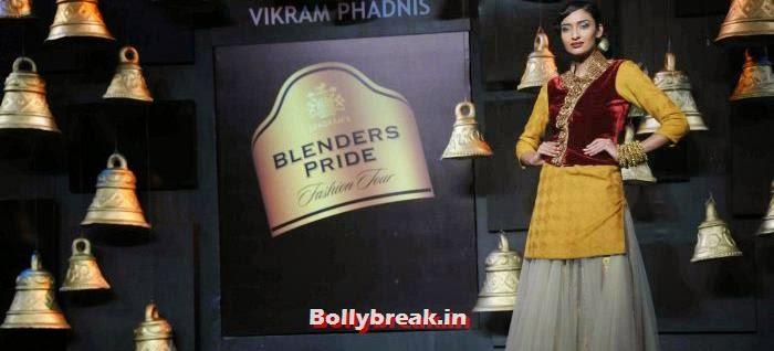 Dayana Erappa, Models Walk the Ramp for Vikram Phadnis at BPFT 2013