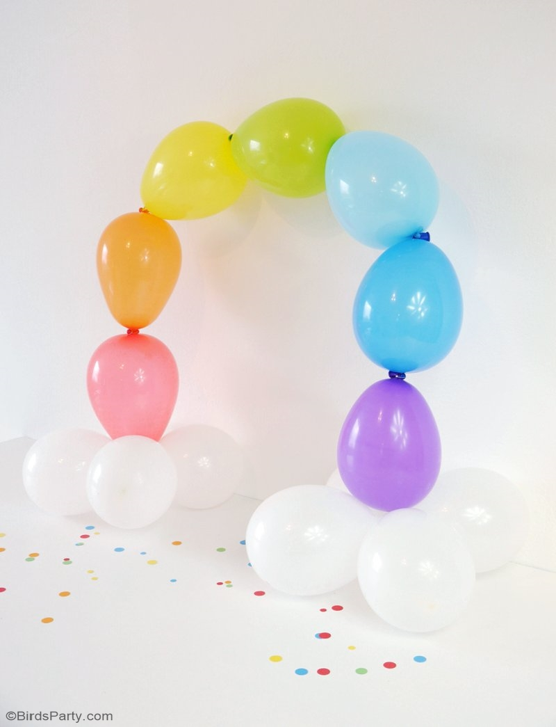 DIY Easy Rainbow Balloon Arch - make this party decor for your Saint Patrick's Day celebration or birthday, without the need for helium or wire frames! | BirdsParty.com