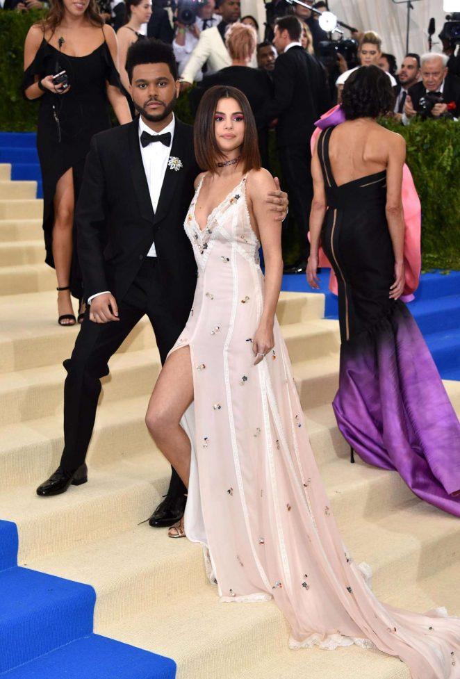 Selena Gomez New Boyfriend The Weeknd
