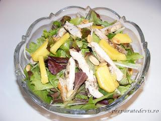 Salata cu piept de pui si mango retete culinare,