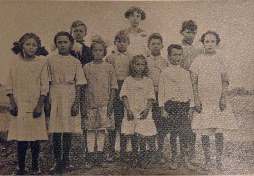 schoolchildren in 1914