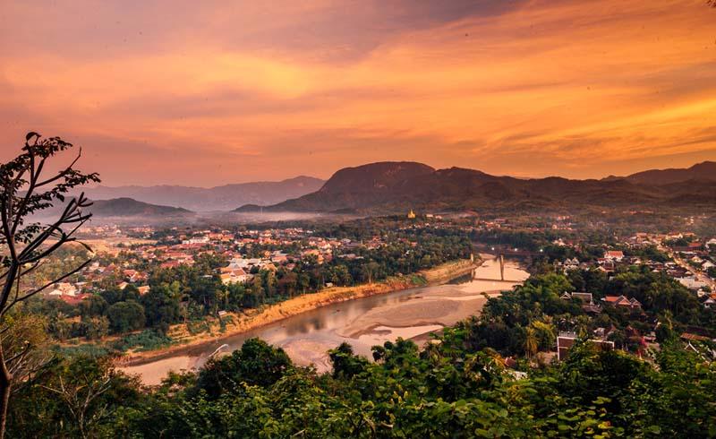 Luang Prabang travel, Travel guides