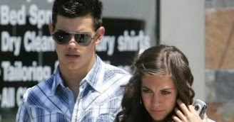 who is taylor lautner dating november 2012
