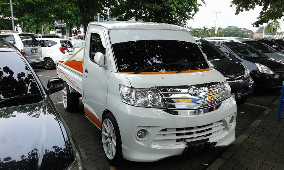 Modifikasi Grand Max Pick Up Berkepala Luxio