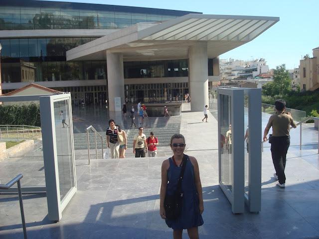 e9199ed8a3 Museu Acrópole - moderníssimo e com ótimas exposições, incluindo uma que  detalha historicamente e com vídeos todas as obras que compõem a Acrópole e  como ...