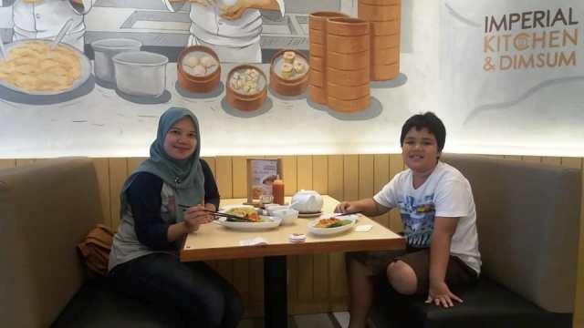 imperial kitchen and dimsum mall pesona square depok kuliner nurul sufitri blogger