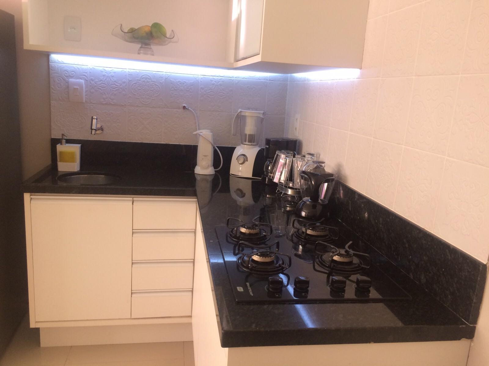 Ângulo Mármores e Granitos: Bancada de Cozinha (Granito Verde  #A25429 1600 1200