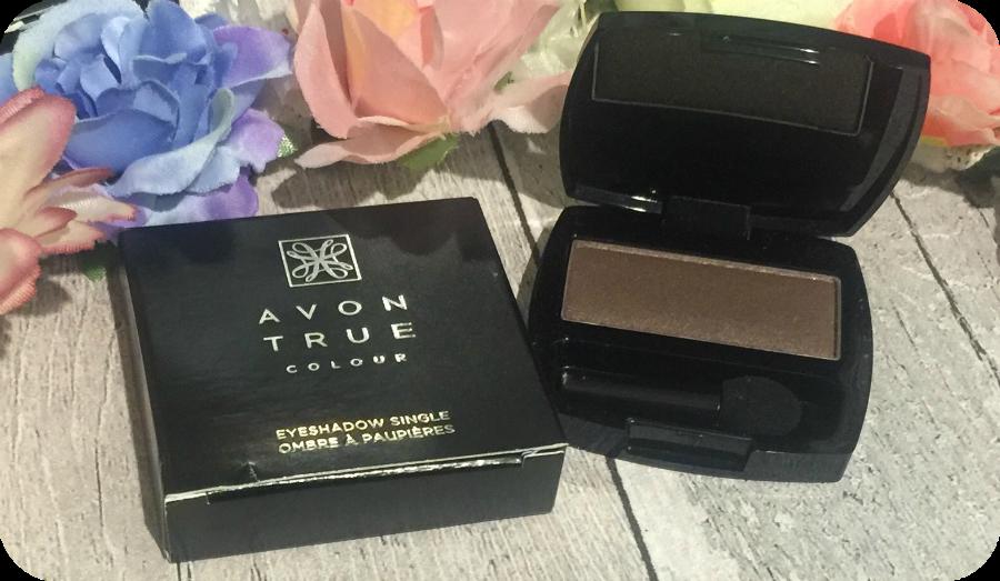 avon true colour single eyeshadow in satin taupe