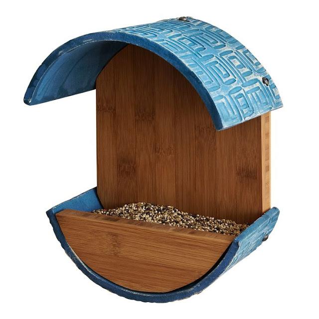 Позаботимся о наших пернатых друзьях кормушки, кормушки для птиц, для птиц, птичьи кормушки, для пернатых, осень, зима, домики для птиц, еда для птиц, кормушки из подручного материала, для зимы, семечки, орехи, зимовка птиц, птичья столовая, Позаботимся о наших пернатых друзьяхПозаботимся о наших пернатых друзьях кормушки, кормушки для птиц, для птиц, птичьи кормушки, для пернатых, осень, зима, домики для птиц, еда для птиц, кормушки из подручного материала, для зимы, семечки, орехи, зимовка птиц, птичья столовая, Позаботимся о наших пернатых друзьях, как сделать кормушку для птиц, из чего сделать кормушку для птиц, кормушки для птиц своими руками, оригинальные птичьи кормушки, идеи птичьих кормушек, поилки и кормушки для птиу, кормушки для птиц своими руками фото и оригинальные идеи, кормушка для птиц из старой посуды, кормушка для птиц своими руками фото из полипропиленовых труб, кормушка из пластиковой бутылки 1.5 литра для птиц, кормушки для птиц своими руками фото, кормушки для птиц своими руками из коробок, как смастерить кормушку для птиц, как сделать подвесную кормушку для птиц, как кормить птиц, домики для птиц идеи, домики для птиц фото,
