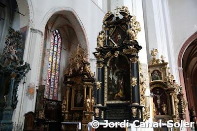 Retablos en la catedral de Torun