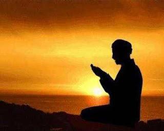 Doa Mohon Ampun Kepada Allah SWT Atas Segala Dosa Arab, Latin dan Artinya