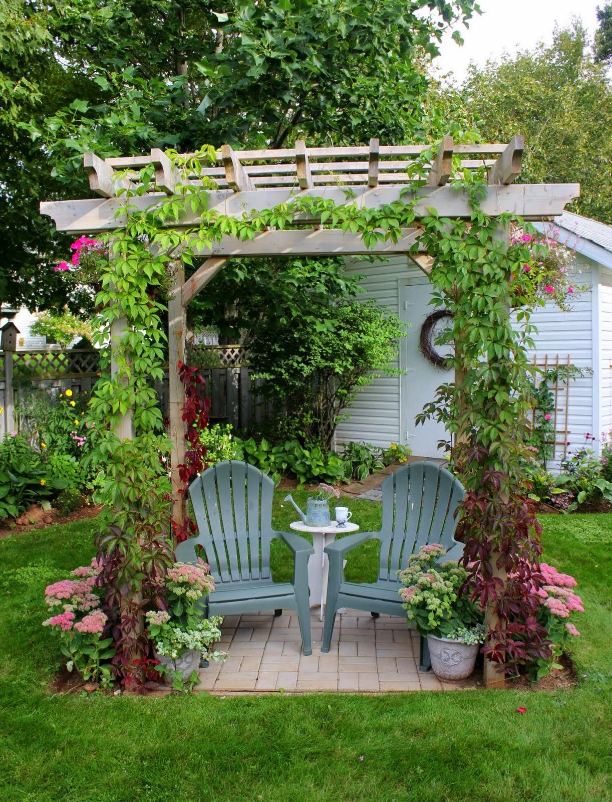 Beautiful House Garden Photo: Aiken House & Gardens: Beautiful Island Home