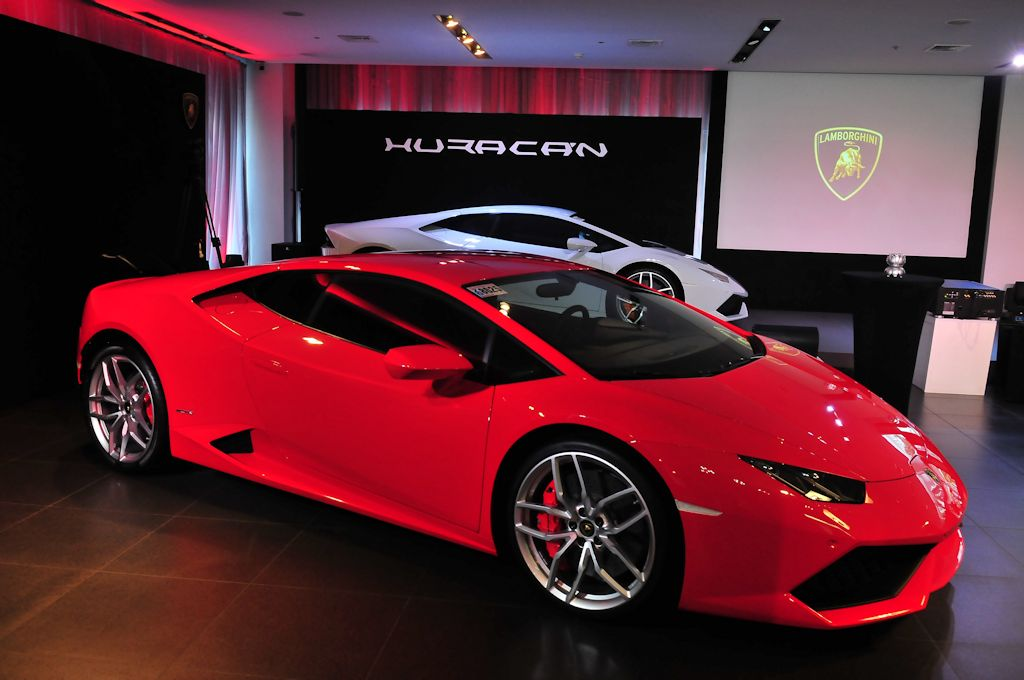 the lamborghini hurac n lp610 4 lands in manila. Black Bedroom Furniture Sets. Home Design Ideas