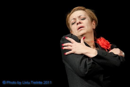 Poze Adriana Trandafir - Actor - Poza 10 din 16 - CineMagia.ro   Adriana Trandafir