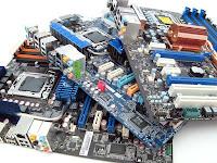 Membersihkan Motherboard Komputer Yang Macet