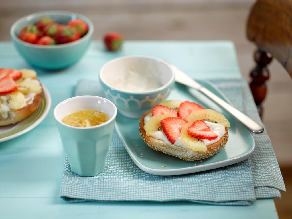 Zespri® SunGold kiwifruit And Strawberry Breakfast Bagel.
