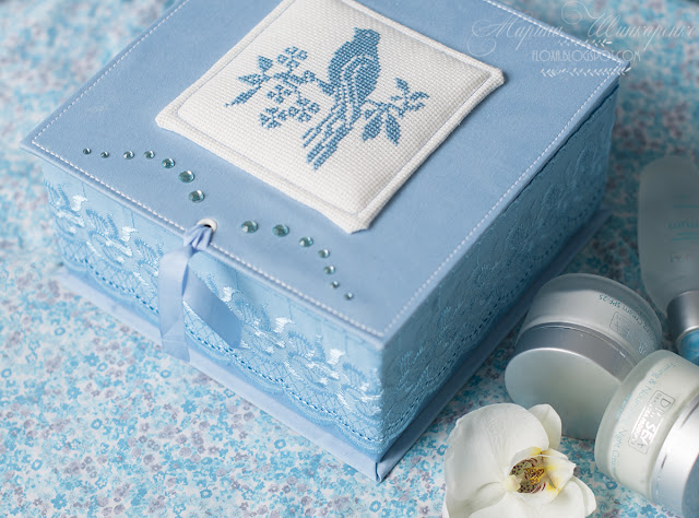 коробка для прокладок, тампонов, где хранить прокладки, как хранить тампоны