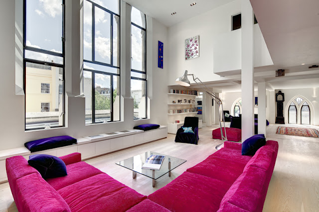Picture of the modern living room with high ceilings