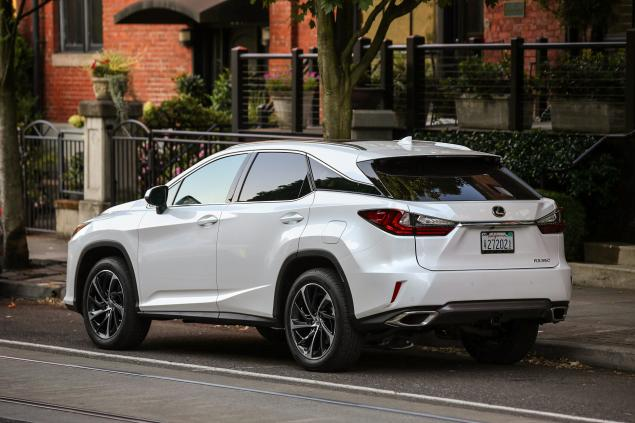 2016 Hybrid Edition Lexus RX350 and RX450  back view