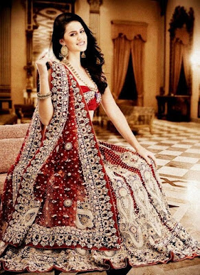 Indian Bride Looking Gorgeous In Red Color Lehenga.