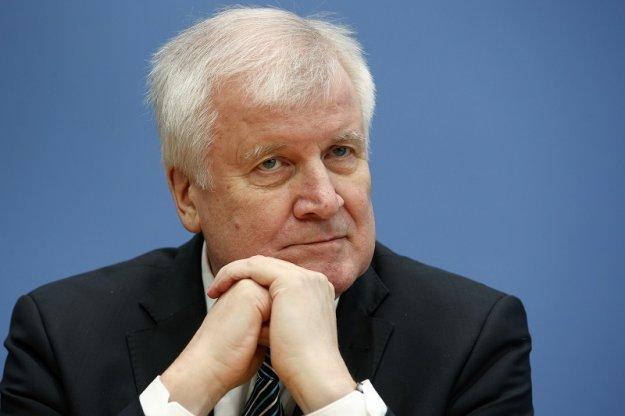 DW: Μέτρα για επιτάχυνση των απελάσεων στη Γερμανία;