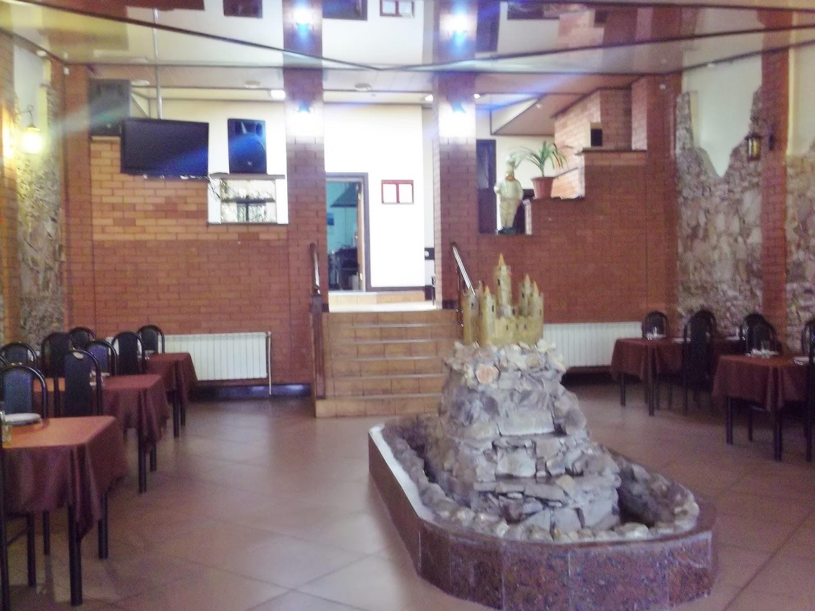 cb1d3f42e Празднуйте вместе с Камелотом! Каждый день в кафе Камелот вы можете вкусно  и недорого пообедать.