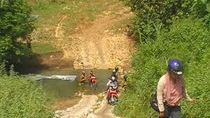 Rute ke Pantai Pangi