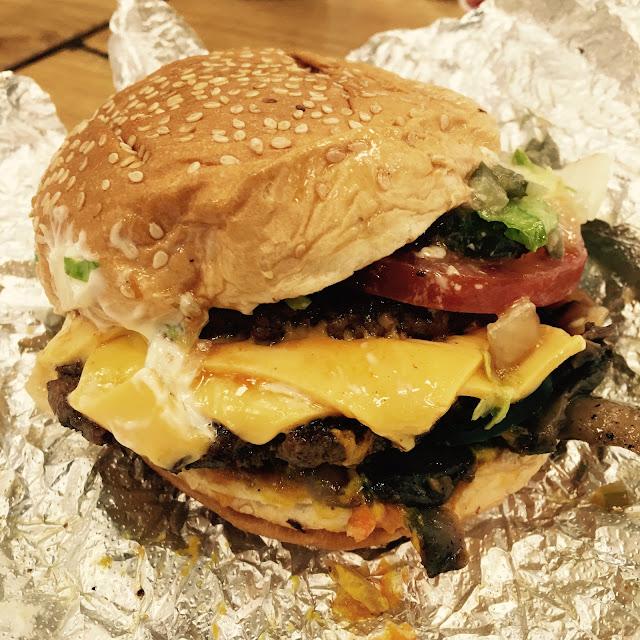 Five Guys burger London 02