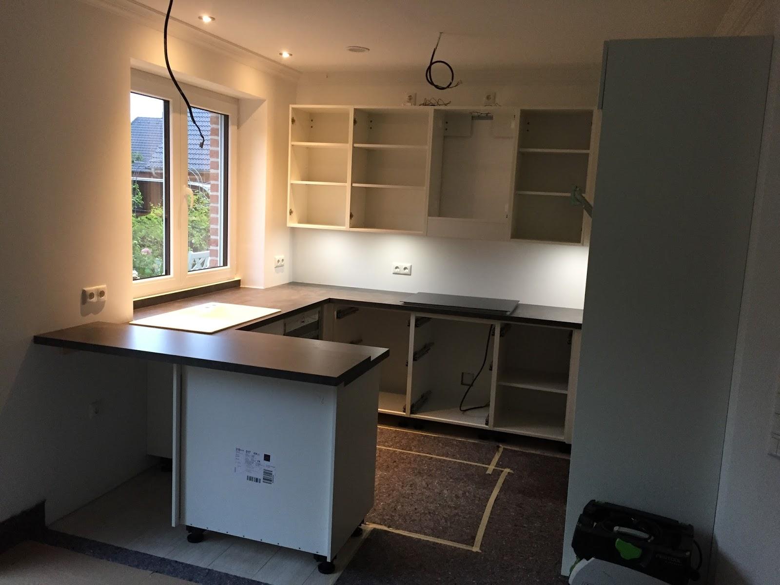 Unser Hausbau am Wäldchen: Die Küche kommt!