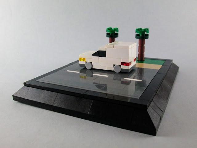 MOC LEGO Carrinha branca 3 wide