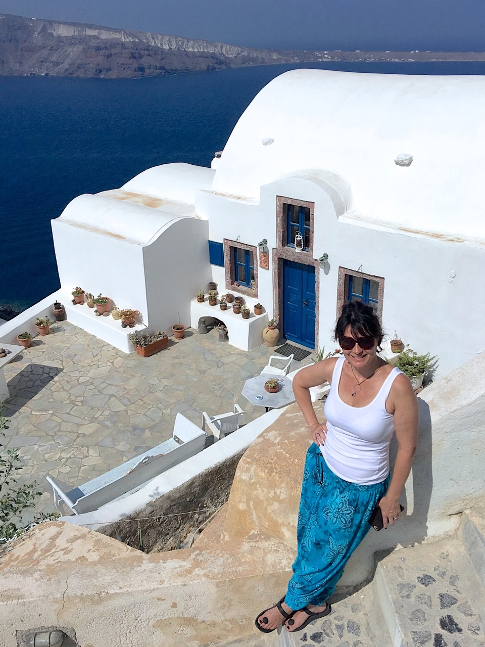 Santorini, Greece : A Travel Love Story | Always Choose ...