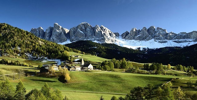 Le Monde: The charm of the Balkans in the Albanian Alps