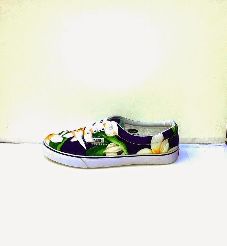 Sepatu Vans Motif