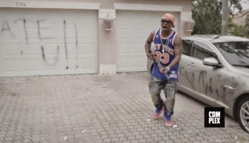 Vídeo - Cam'ron – Snapped (feat. 2 Chainz)