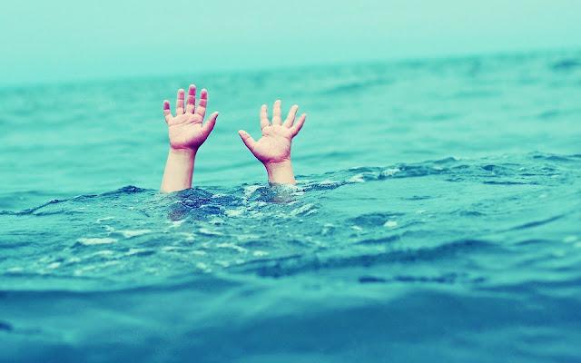 Προσπάθειες να επαναφέρουν στη ζωή λουόμενο στην παραλία Πλάκα Δρεπάνου στην Αργολίδα