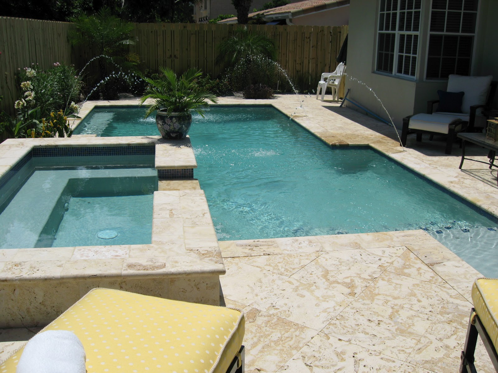 The Most Hening And Talked About Pool Decks Patios Are Undoubtedly Those Built Adorned With Pavestone Tiles Among Best Quality