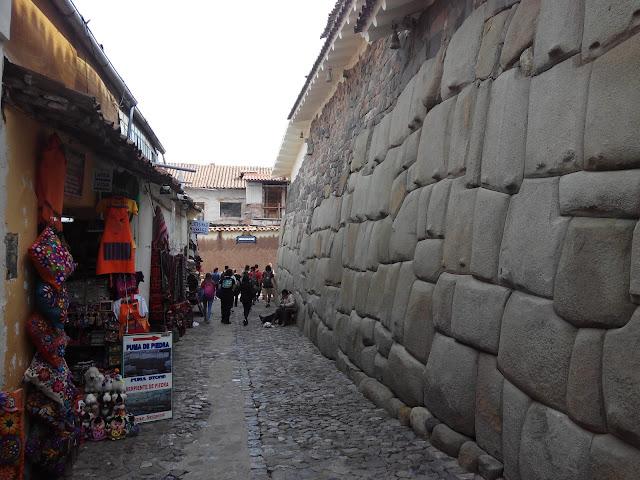 Cuadra Inca Roca, Cuzco