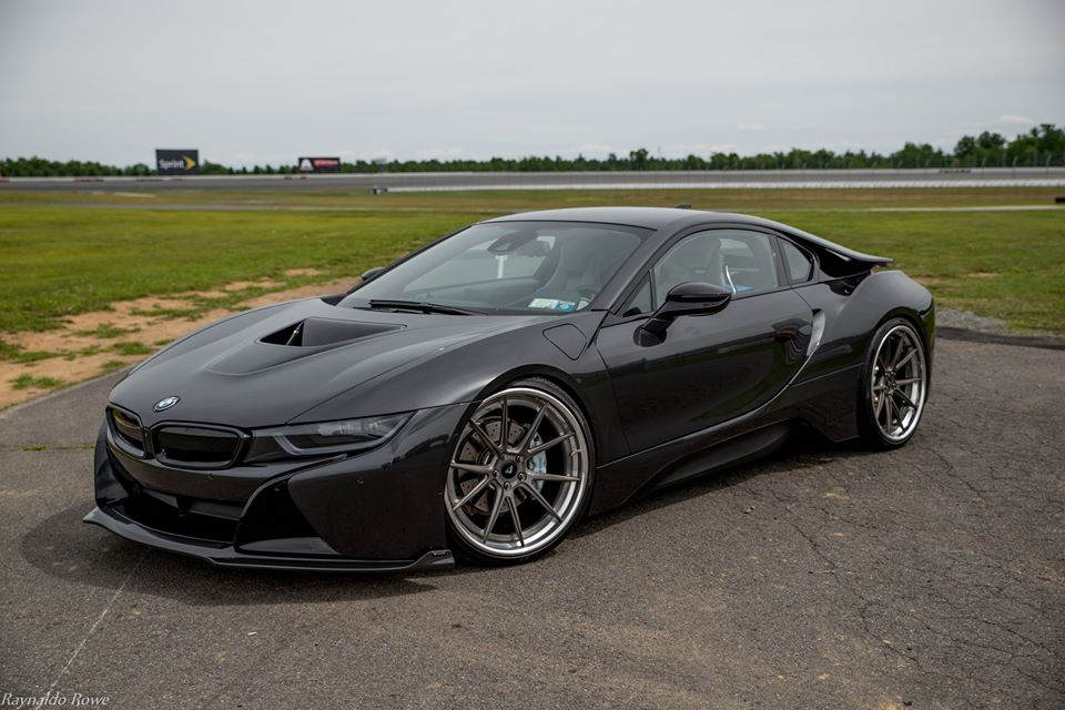 Vorsteiner Shows Off Stealthy All Black Bmw I8 Carscoops Com
