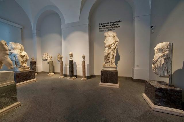 Peças expostas no Museu Palatino