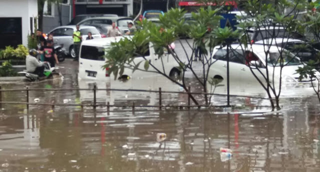 Video Banjir Pasteur Bandung