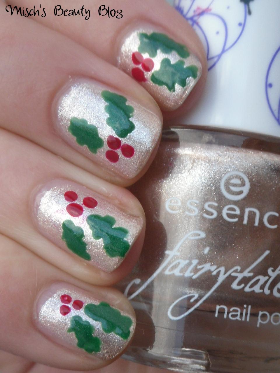 Misch S Beauty Blog Notd September 29th Fall Leaf Nail Art: Misch's Beauty Blog: NOTD December 21st: Holly Nails