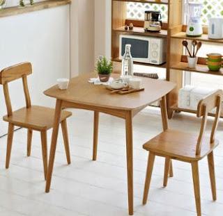 Meja makan minimalis 2 set