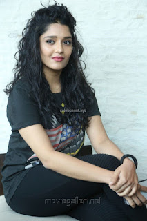 Ritika Singh in Black T Shirt and Trousers Spicy Pics