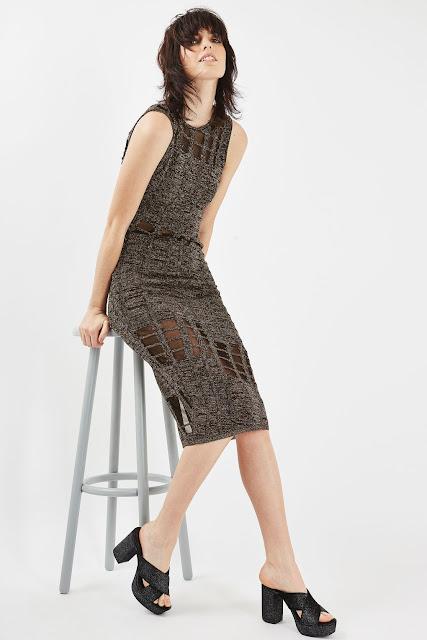 goldknitted dress