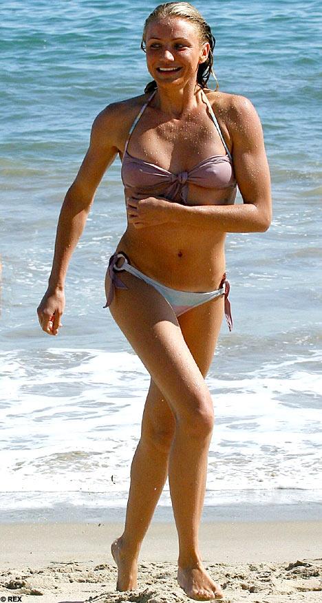 Cameron Diaz Bikini Photos - Hollywood Celebrities